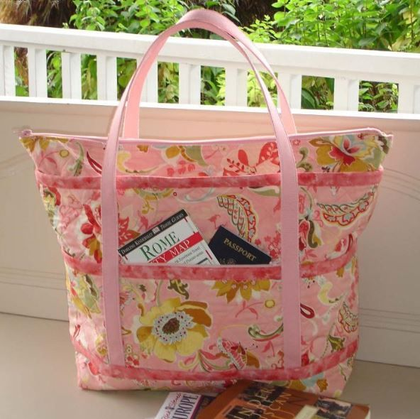 The Quilted Travelers Tote Pattern All That Baggage Pinterest