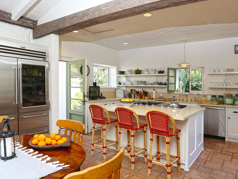 ReeseWitherspoon\'s Kitchen | Cool Houses Daily | Celebrity Homes ...
