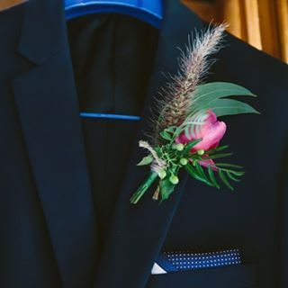 This would have to be one of my favourite buttonholes.... big call I know!  #buttonhole #lapel #jademcintoshflowers #theweddingcollective #rusticweddingflowers #newcastleweddingflowers #huntervalleyweddingflowers #huntervalleyweddings #huntervalleyflorist