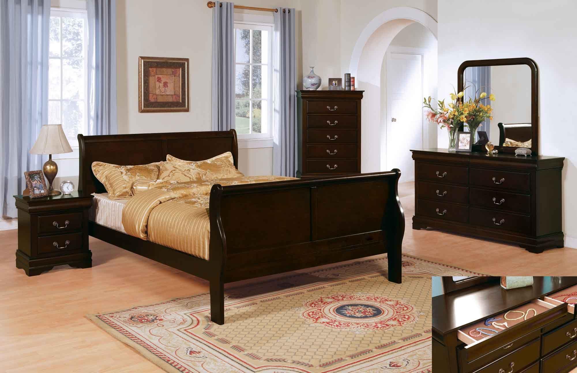 Master bedroom furniture sets  Big master bedroom wCalifornia King bedroom seteferrable a