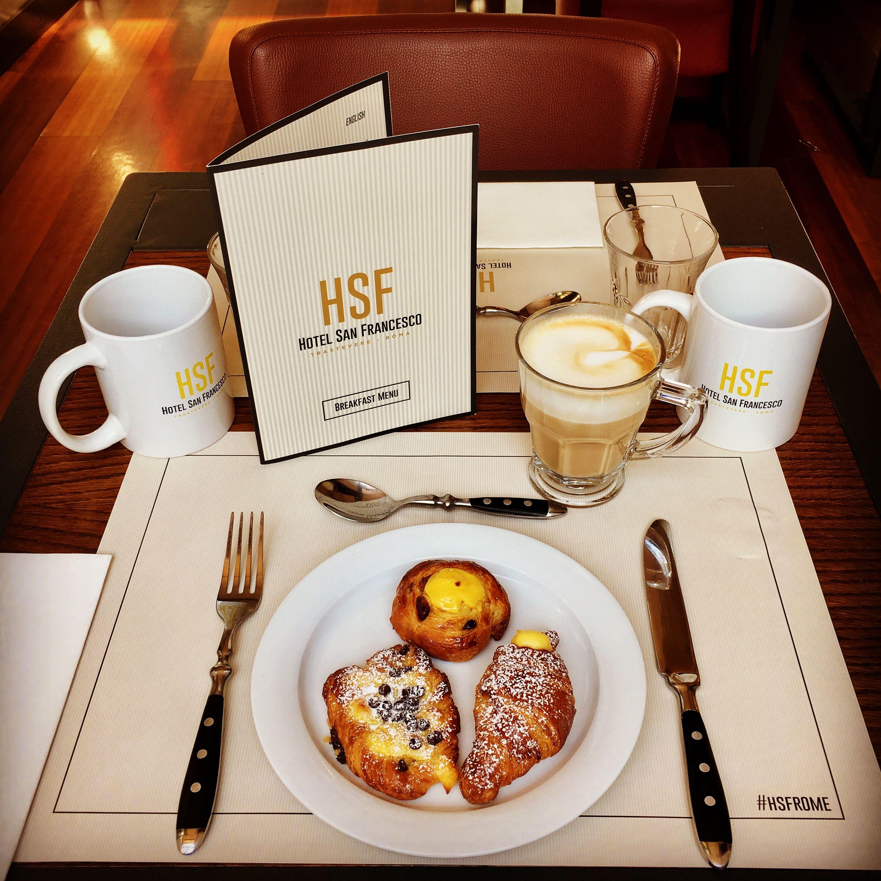 Breakfast Croissant Colazione Cornetti Brioche Hotel