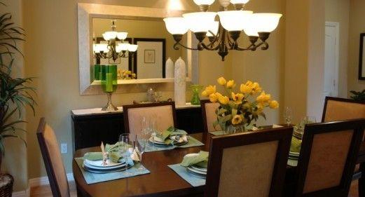 5 consejos para decorar el rea del comedor consejos de for Como decorar una vitrina