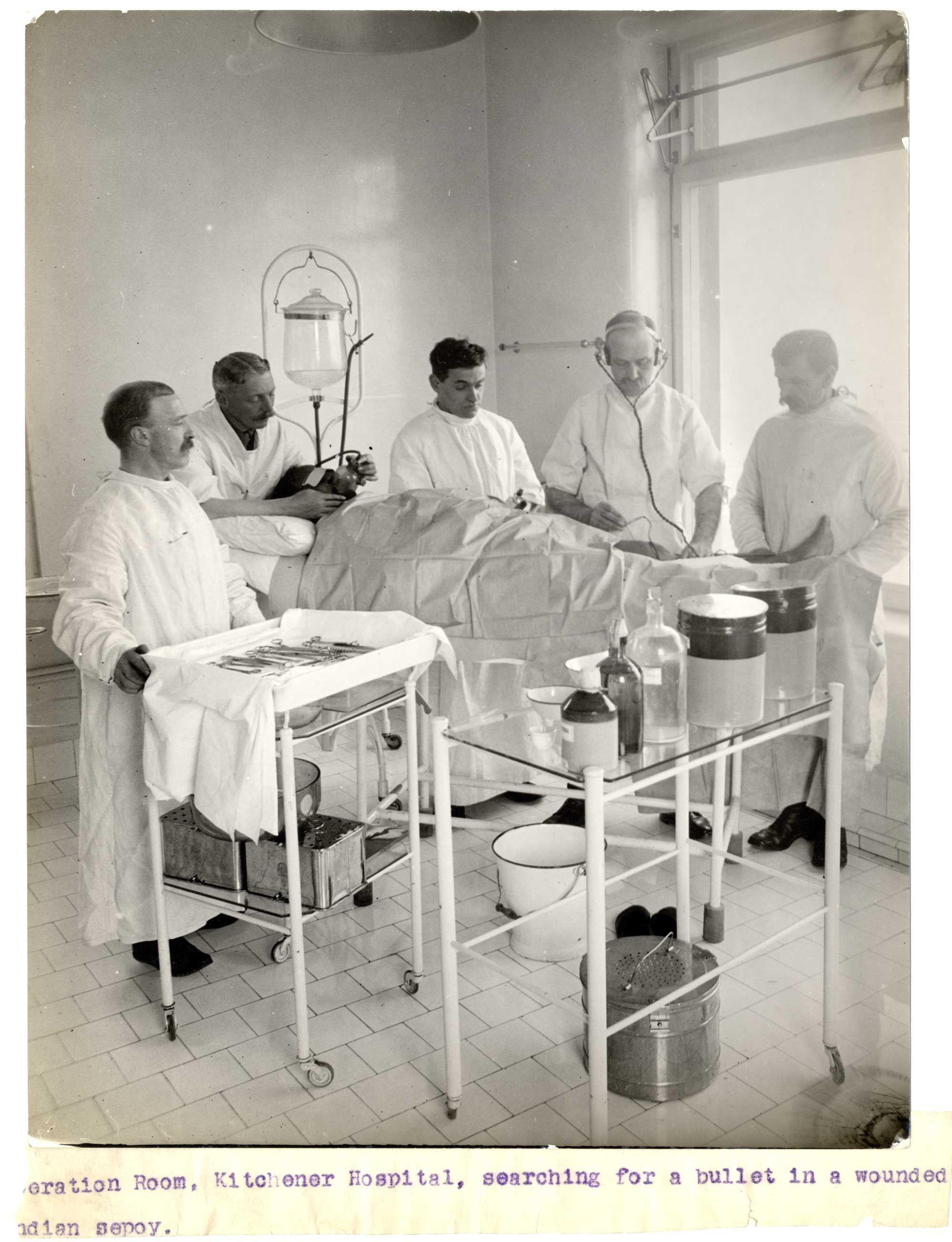 war medical rooms - Google Search | Style/Mood (Artwork) | Pinterest ...