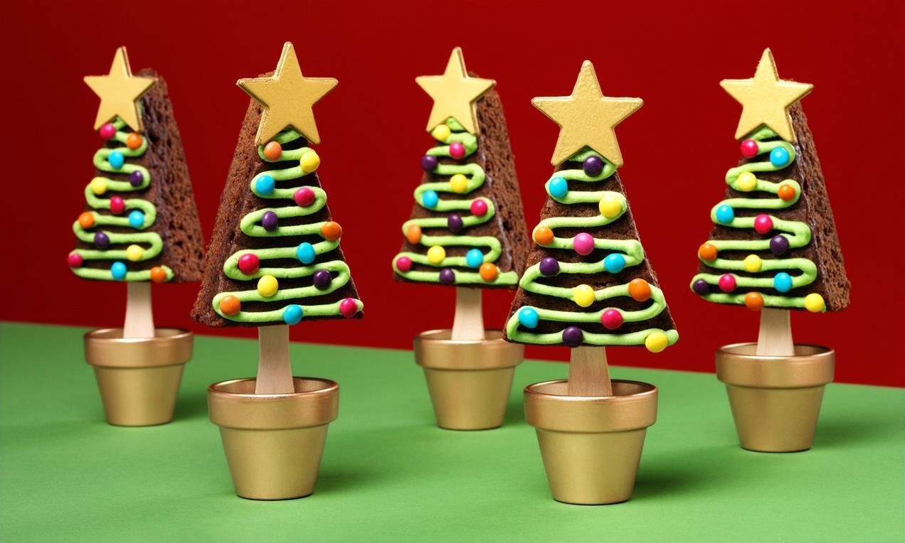 Decorating these Christmas Tree Brownie Pops is lots of