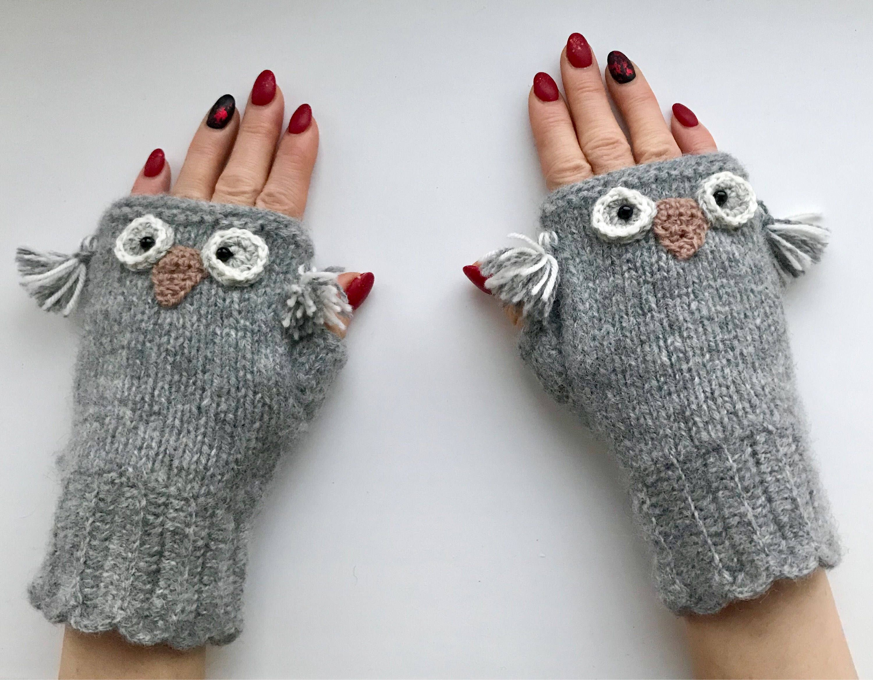 Natural Grey Mittens, Hand knitted mittens, Ladies wool gloves ...