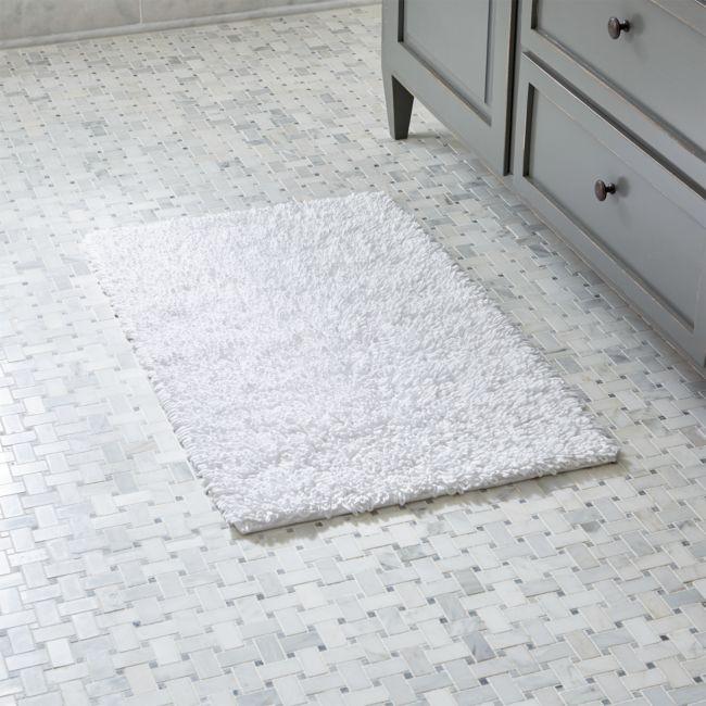 Loop White Bath Rug + Reviews | Crate and Barrel