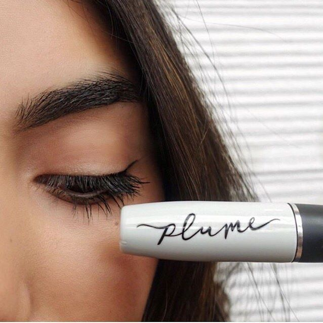 She Cant Have Fabulous Long Lashes And Thick Arched Eyebrows At