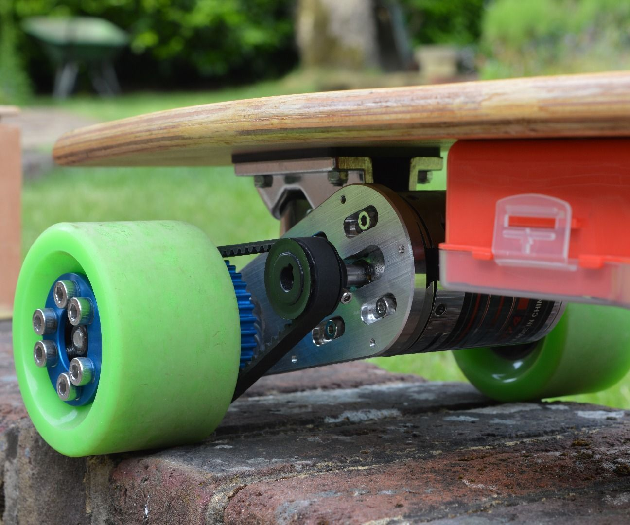 How To Build An Electric Longboard With Phone Control Electronics