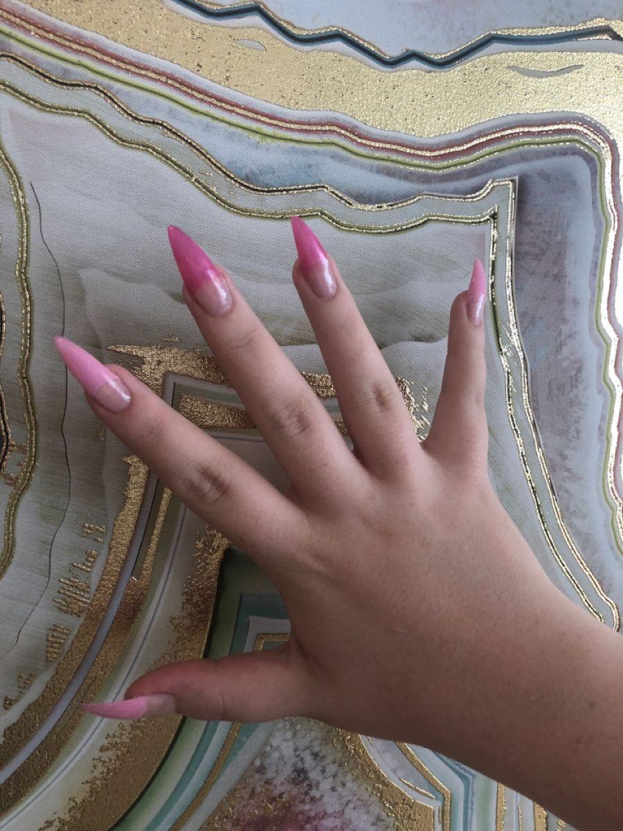 #stilettonails #pinknailpolish