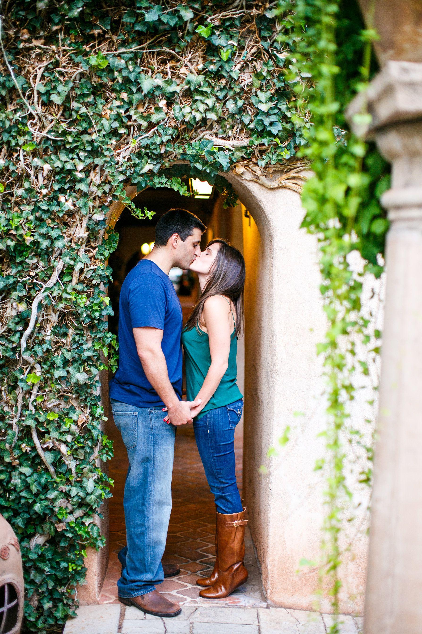 Engagement session in Sedona Arizona, by destination