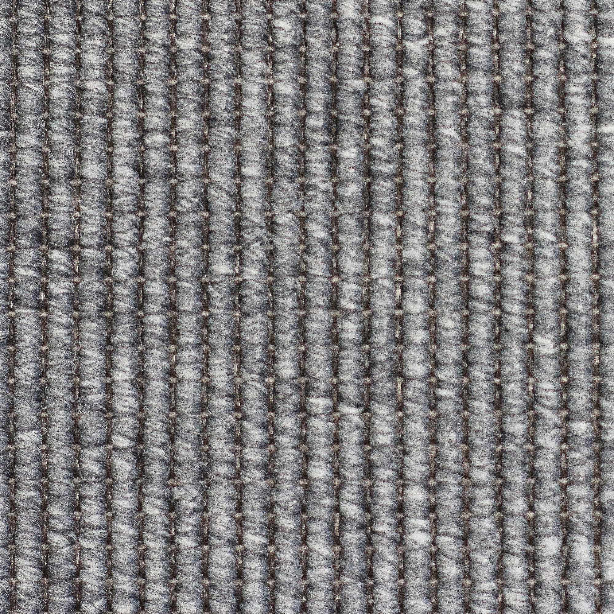 Innenfarben für haus strapazierfähige teppichvarianten in unterschiedlichsten farben der