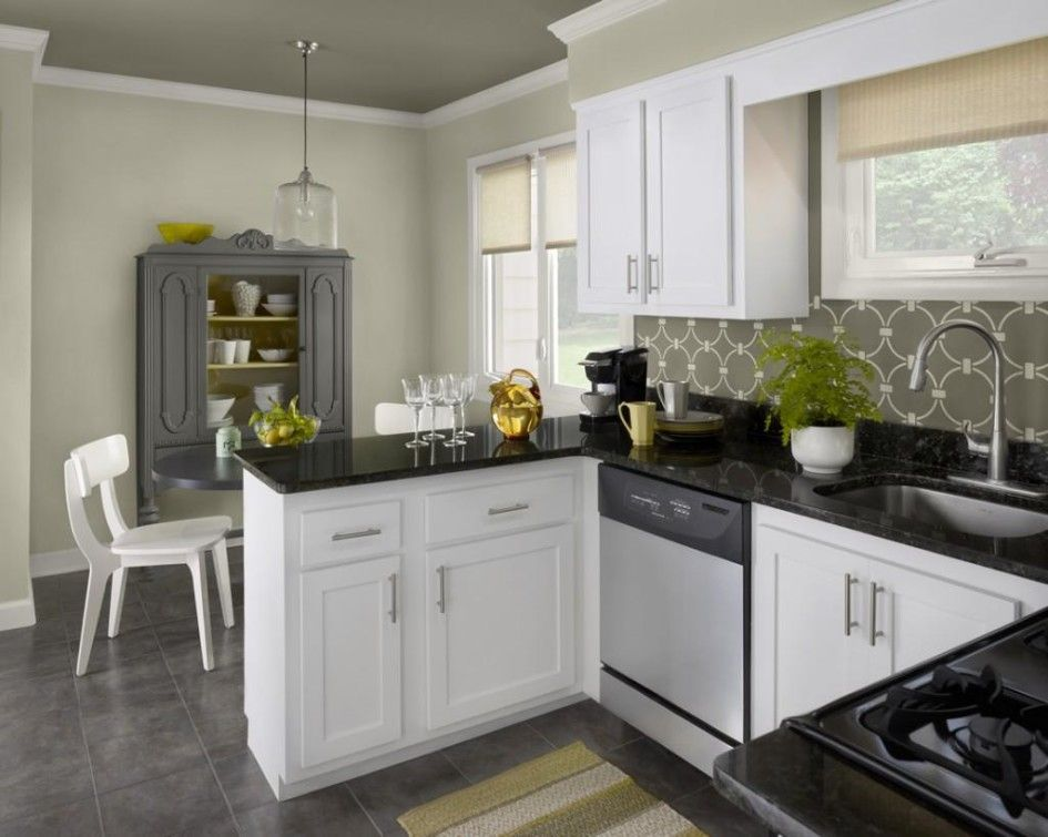 Kitchen, Kitchen Cabinet Design And Modern Black And White Kitchen For Dark Glossy Countertop With Cabinets Plus Chrome Sink Also White Kitchen Wall Cabinets Along With Grey Round Dining Table With White Chairs: 3 Important Tips About Choosing Kitchen Cabinet Design