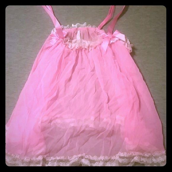 Victorias Secret baby doll camisole Pink Victoria Secret sleep camisole top witg lace around the edges Victoria's Secret Intimates & Sleepwear Chemises & Slips