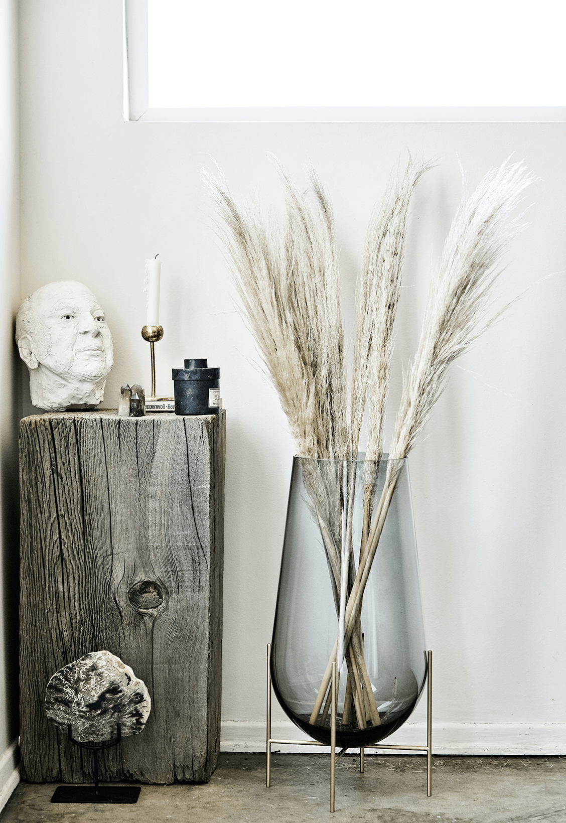 5 Ways To Decorate With Smoked Glass Accents At Home Decorating
