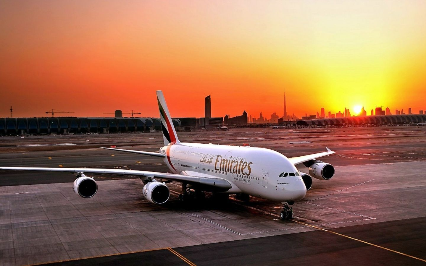 1440x900 Fly Emirates Airbus A380 800 Desktop PC And Mac Wallpaper