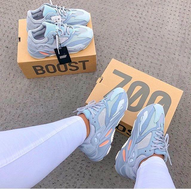 Zapatillas de tenis Asics #ZapatillasdetenisAsics   Zapatos ...
