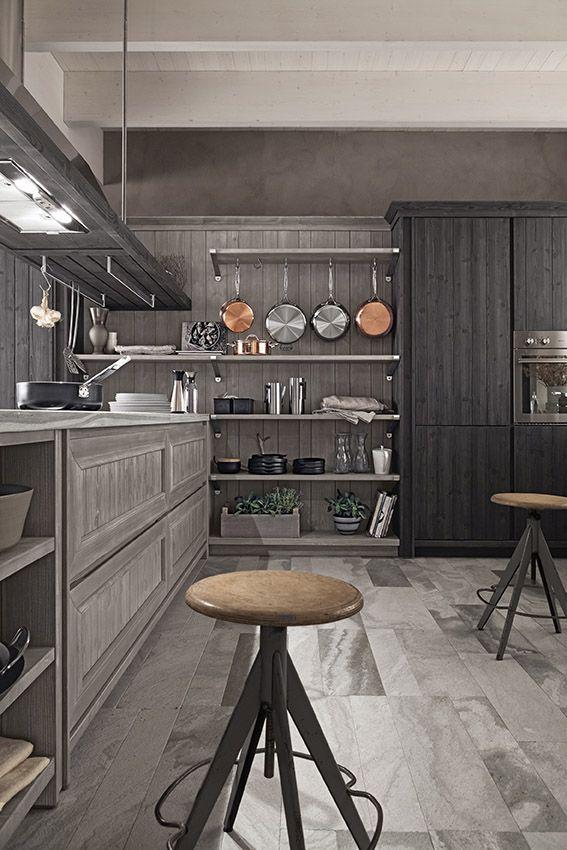 Cucina Maestrale in abete grafite e ardesia di Scandola Mobili ...