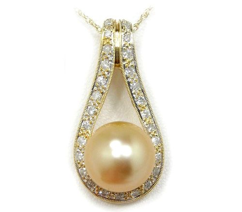 South sea gold pearl i love pearls pinterest gold pearl south sea gold pearl aloadofball Choice Image