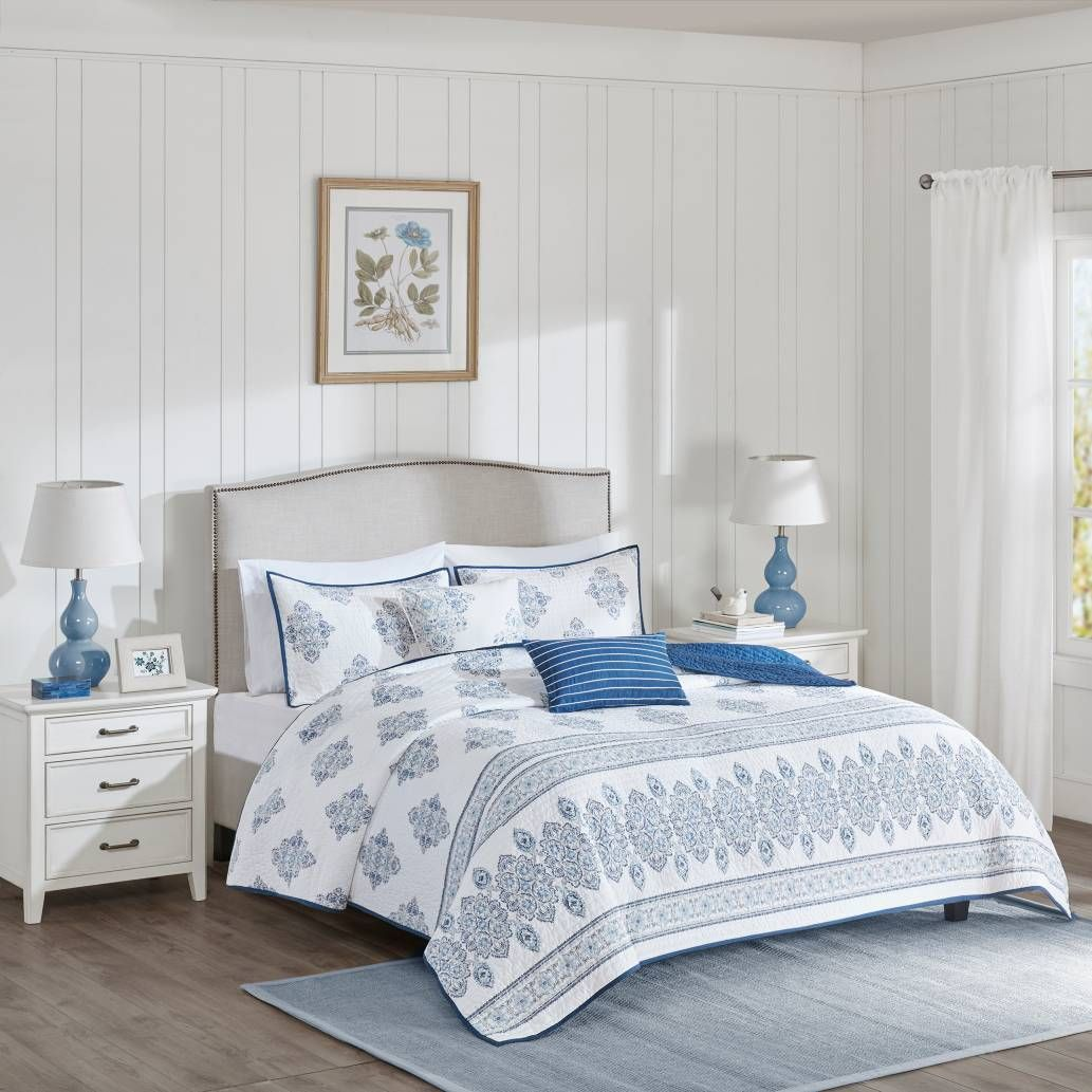 Product Image For Harbor House™ Sanibel Coverlet Set In White/Indigo 1 Out  Of