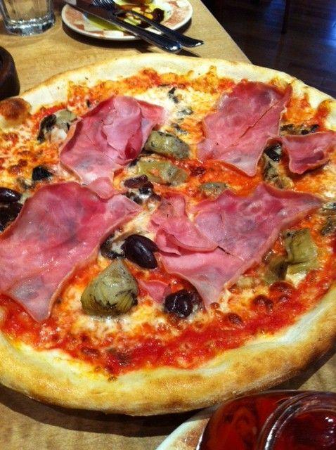 Pizza Capricciosa Ciao Wine Bar 133 Yorkville Avenue Toronto Halal Recipes Food Food Delivery