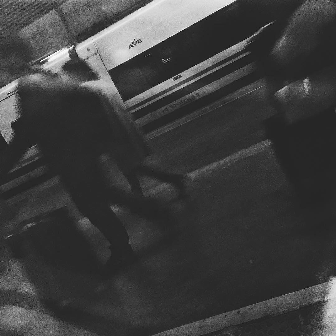 De vuelta  #blackandwhite #blackandwhitephotography #blacknwhite #bnw #bnwphotography #SevillaMadrid