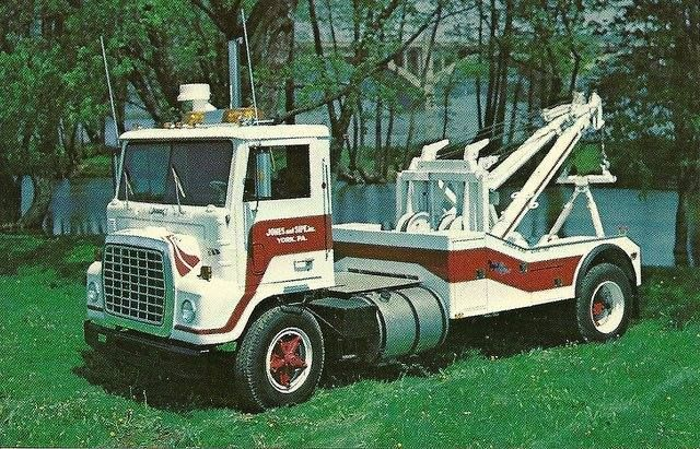 Ford Louisville Cabover Wrecker In York Pennsylvania Ford