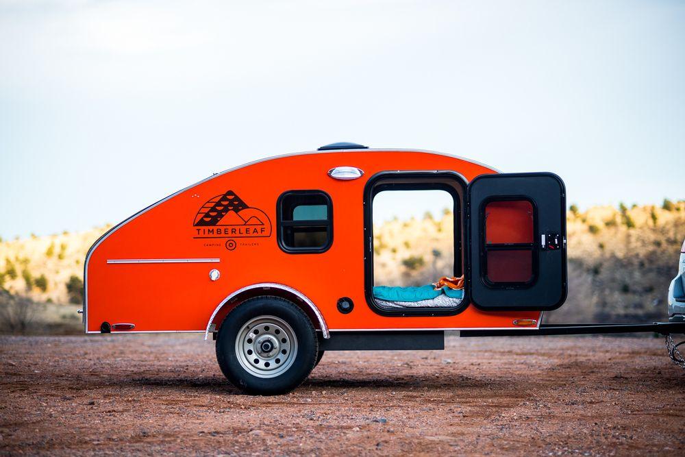 la plus pratique et mignonne mini roulotte est enfin sur le march wohnwagen teardrop trailer. Black Bedroom Furniture Sets. Home Design Ideas