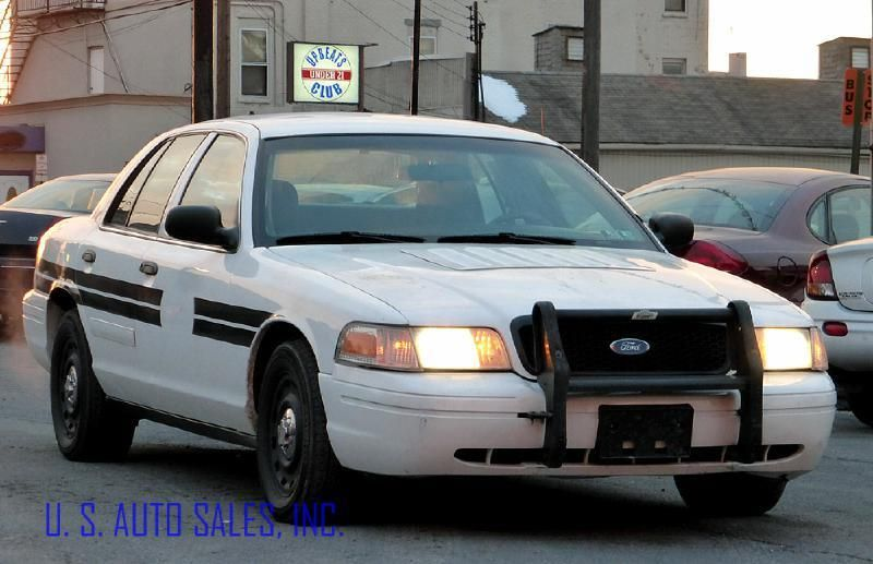2003 Ford Crown Victoria found on Air