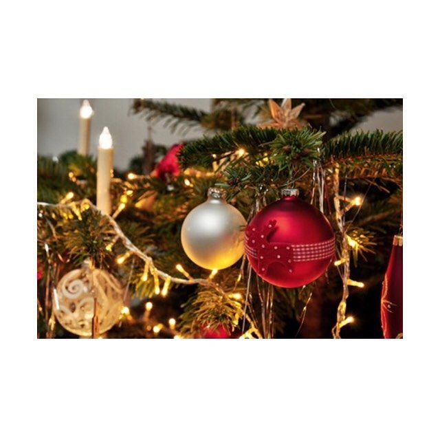 Wir Wünschen Euch Frohe Und Besinnliche Weihnachten.Wir Wünschen Euch Frohe Weihnachten Und Eine Besinnliche Und Schöne