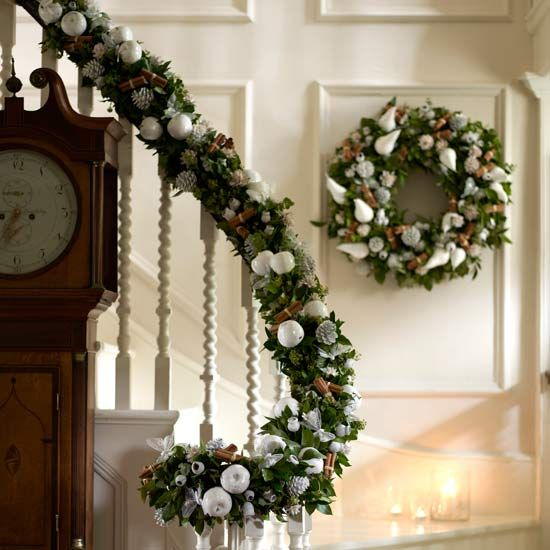 Christmas Stairs Decoration Ideas Holiday Home Pinterest