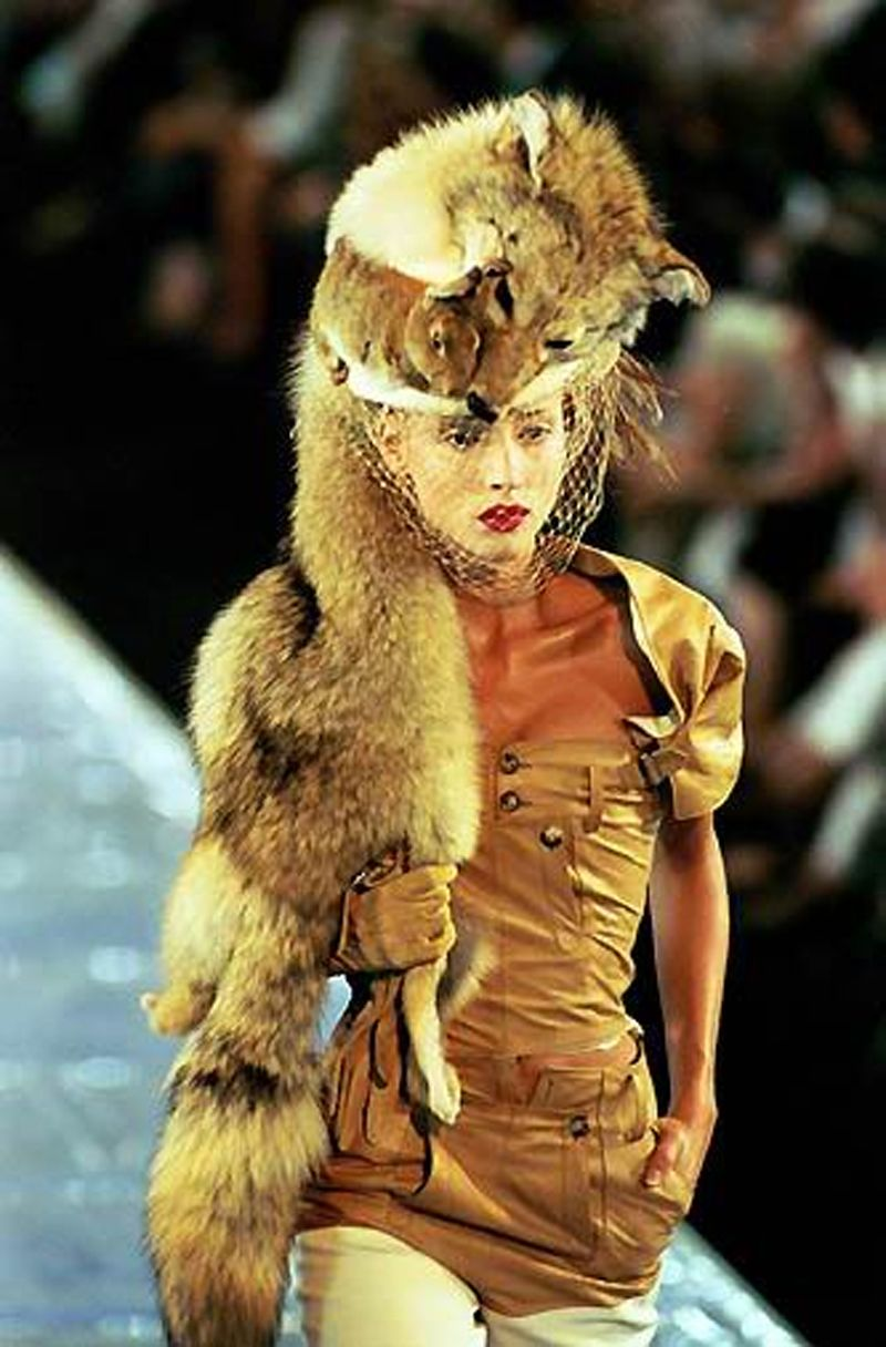 For Christian Dior a dead animal on your head is a symbol of glamour, for psychiatrists is a first alarming sign of dementia ferox.