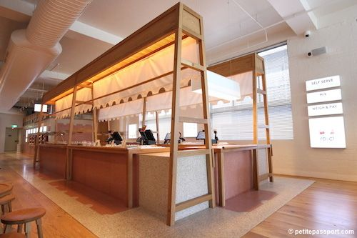 YO CHI topping bar. (With images)   Retail design ...