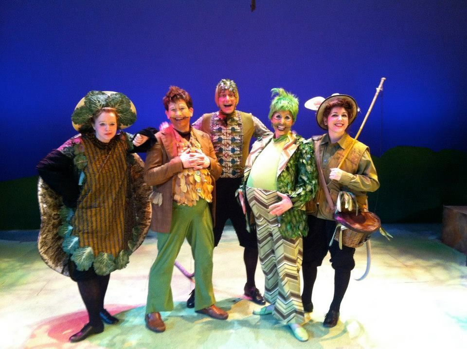 The Cornhusking Continues With Images Toad Frog And Toad Frog