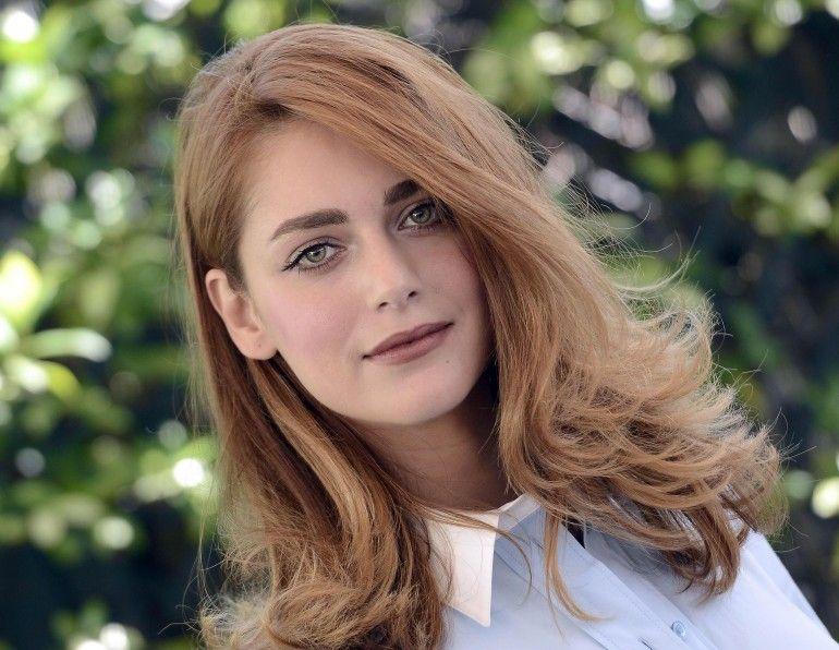 Miriam Leone. (la donna velata)