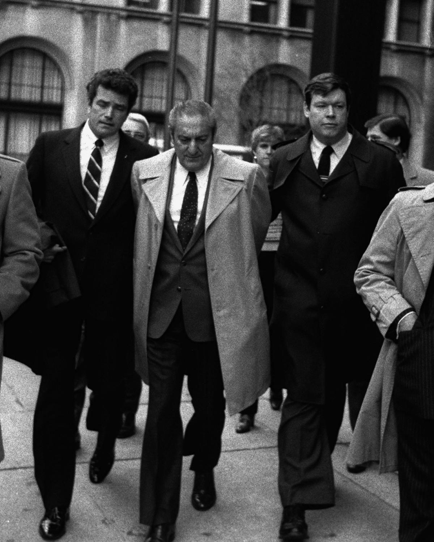 Gambino Boss Paul Castellano Getting Pinched By Nypd Detective Joseph Coffey Mafia Gangster Carlo Gambino Crime Family