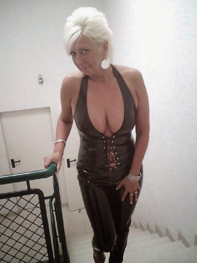 femdom berlin com mc escort