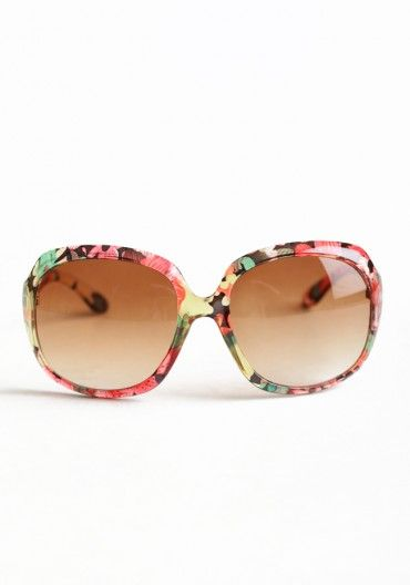 Flower Sun Glasses - Love the shape and the pattern. A great way to make a statement.