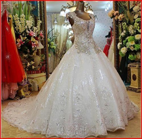 YZ nueva llegada magníficos cristales de Swarovski Lujosa novia de la boda vestido de VNXV YZ Moda Nupcial