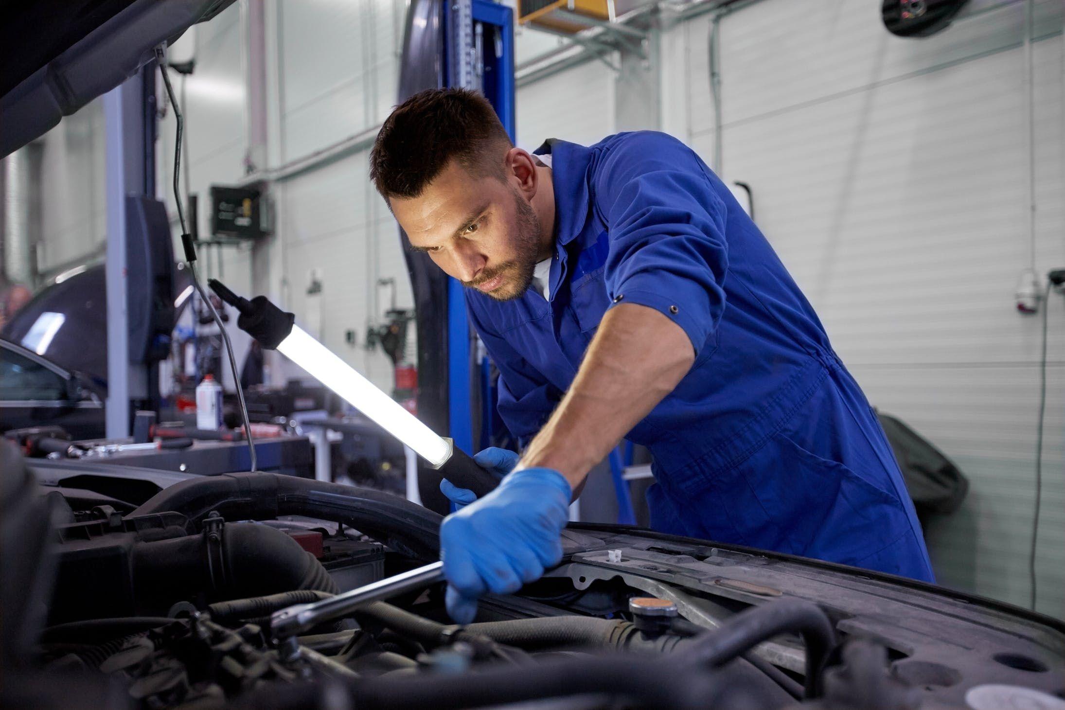 11 Keys To Finding A Car Mechanic You Can Trust Car Mechanic