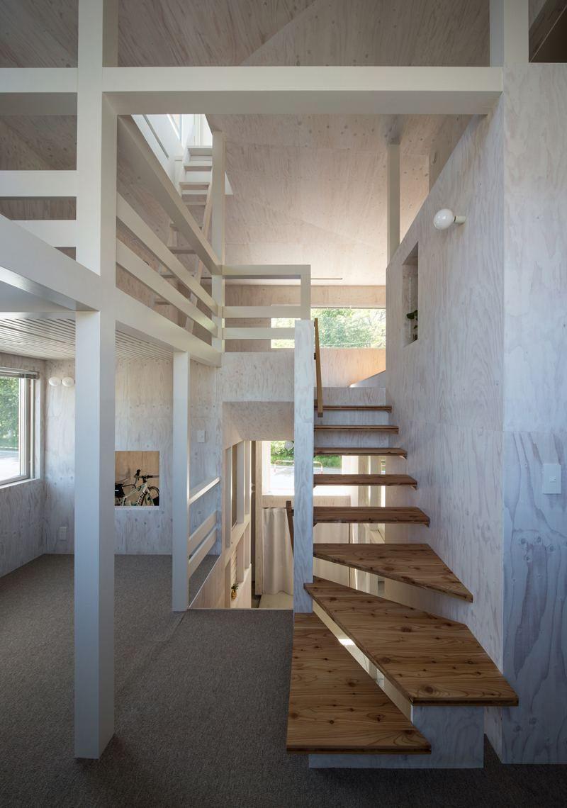 Escaliers en bois int rieur et ext rieur id es sur les designs escalier escalier bois - Escalier bois interieur ...