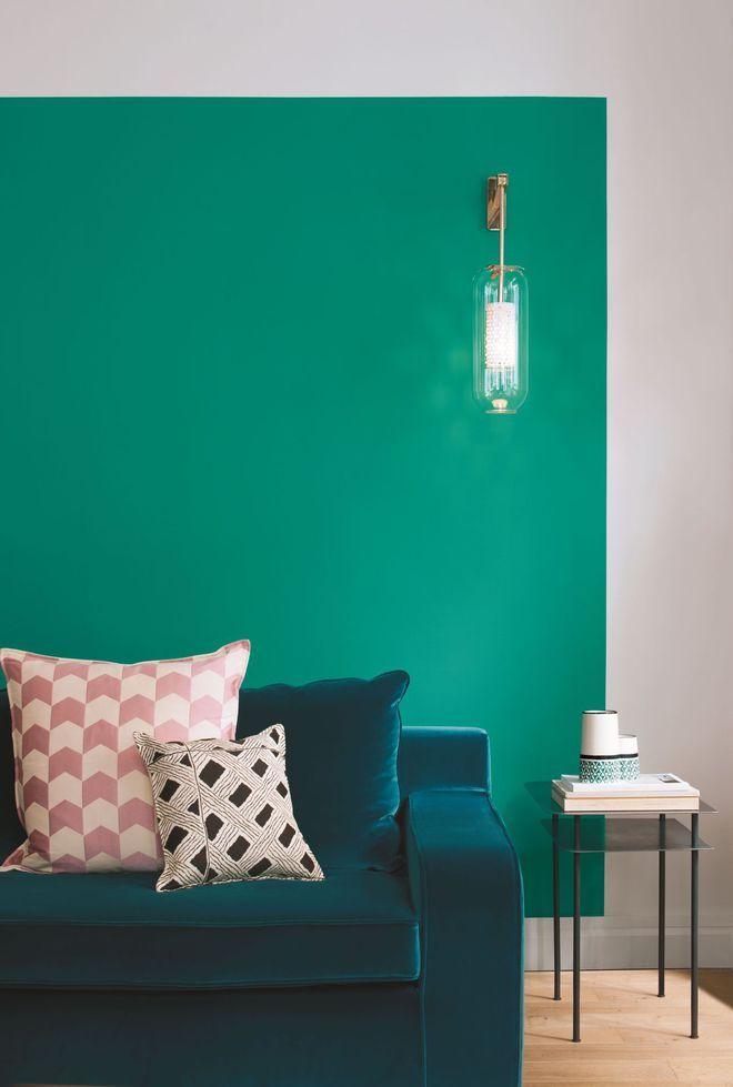 Un bleu turquoise qui dynamise le salon | Salon | Pinterest | Salons ...
