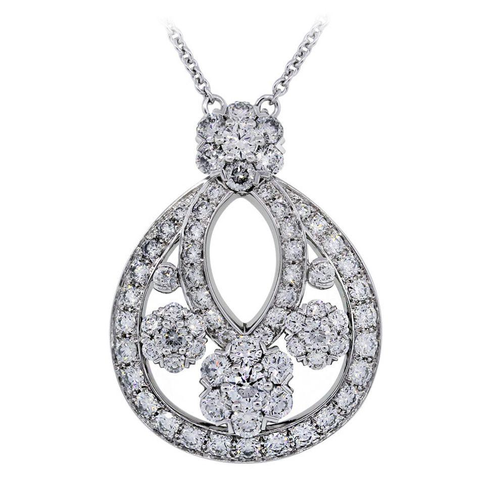 Van cleef arpels diamond platinum snowflake pendant necklace van van cleef arpels diamond platinum snowflake pendant necklace aloadofball Image collections