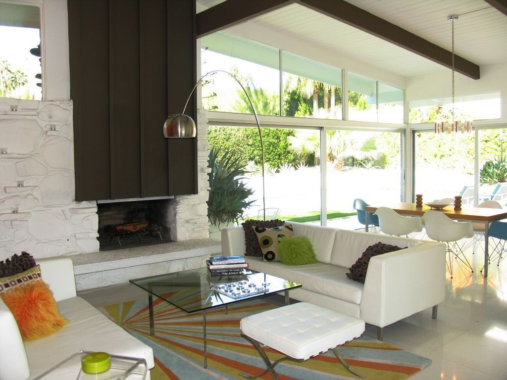 palm springs mid century modern home fireplace | Salon - Salle à ...