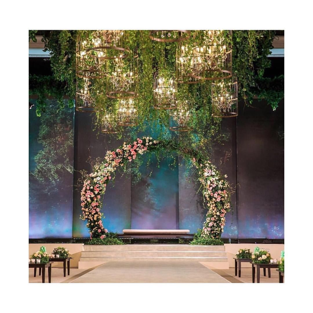 Magical Wedding Backdrop Ideas: Enchanted! Look At This Bewitching Setup! Floral Arch
