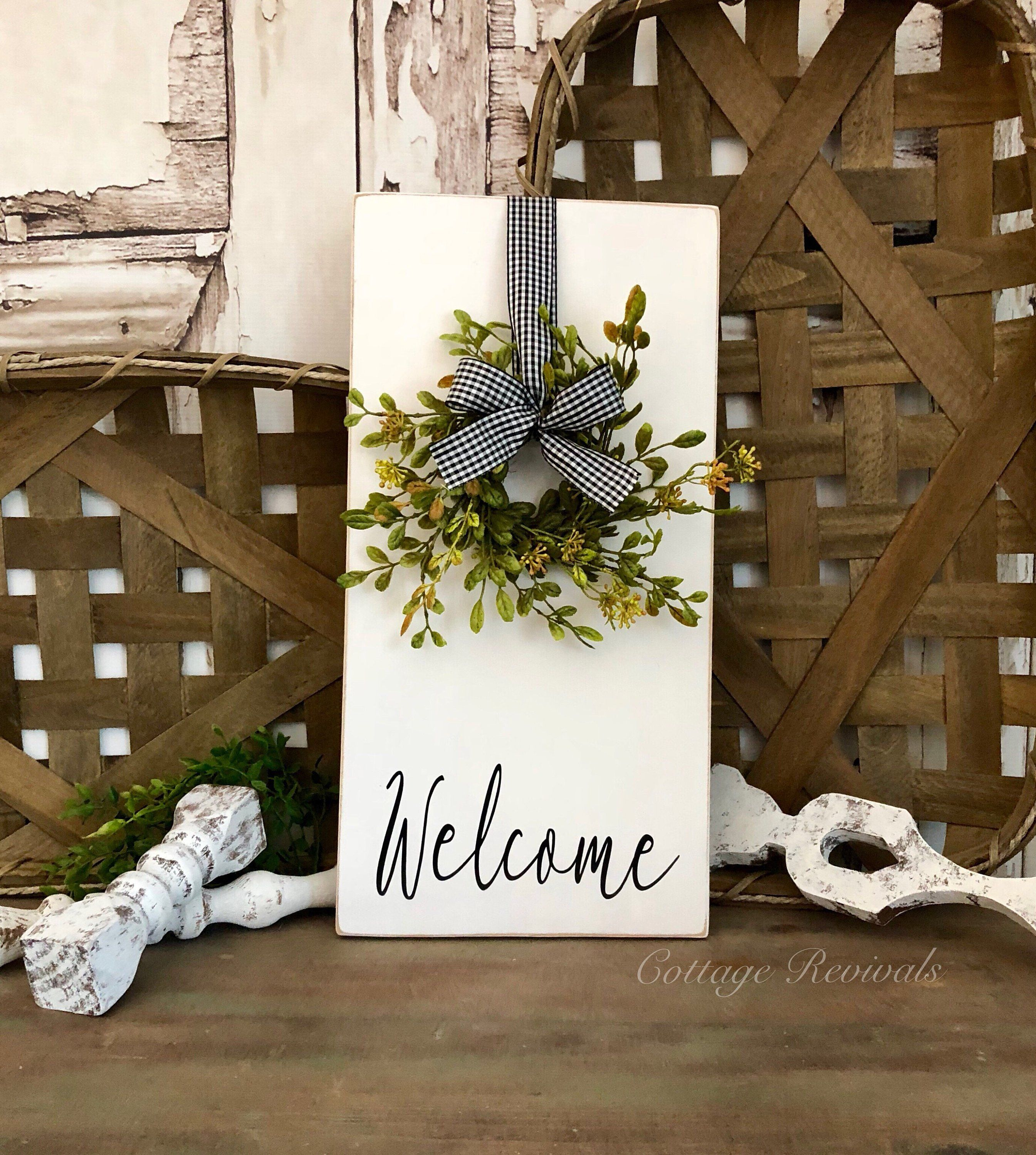 Vertical Welcome Sign With Wreath Farmhouse Decor Wreath Sign Etsy Entryway Signs Wreath Sign Entryway Wall Decor