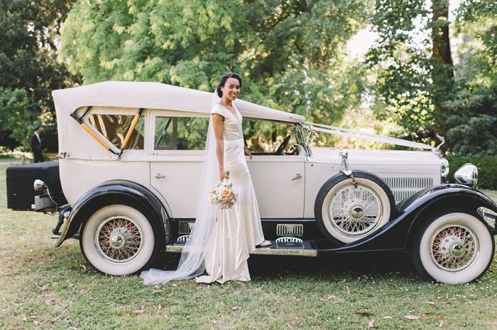 Johanna Johnson wedding dress for a Vintage Wedding | itakeyou.co.uk #weddingdress
