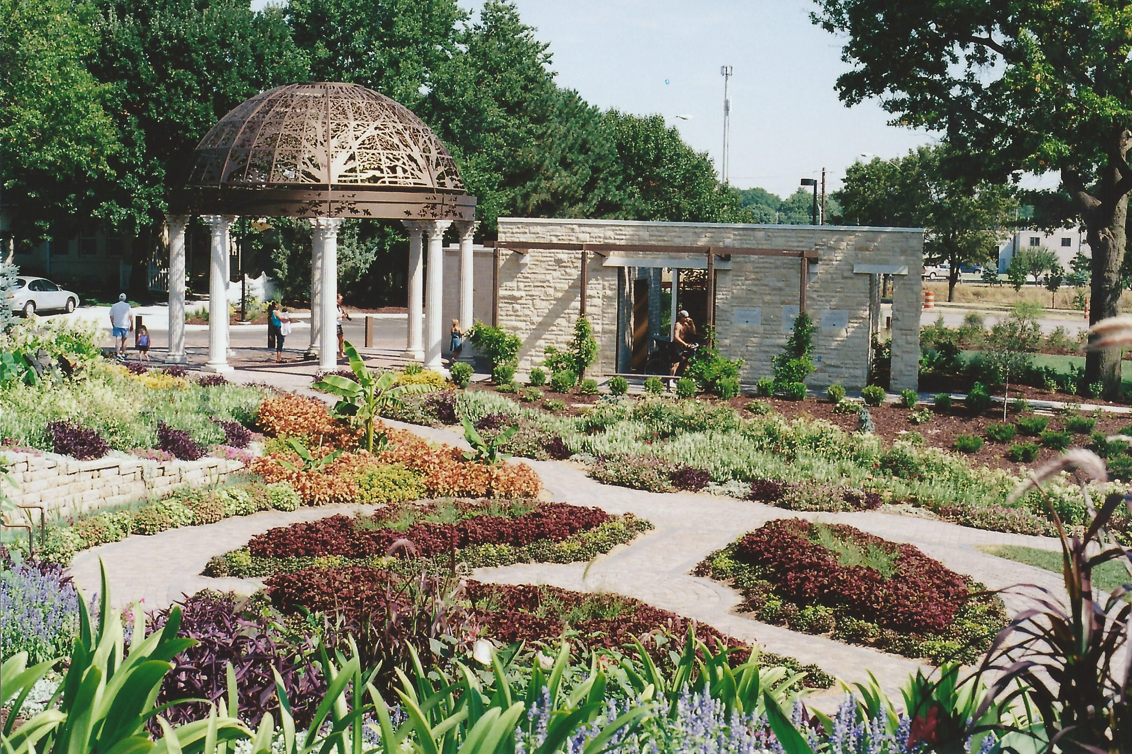 sunken gardens lincoln, ne. after they re-vamped it. | photography