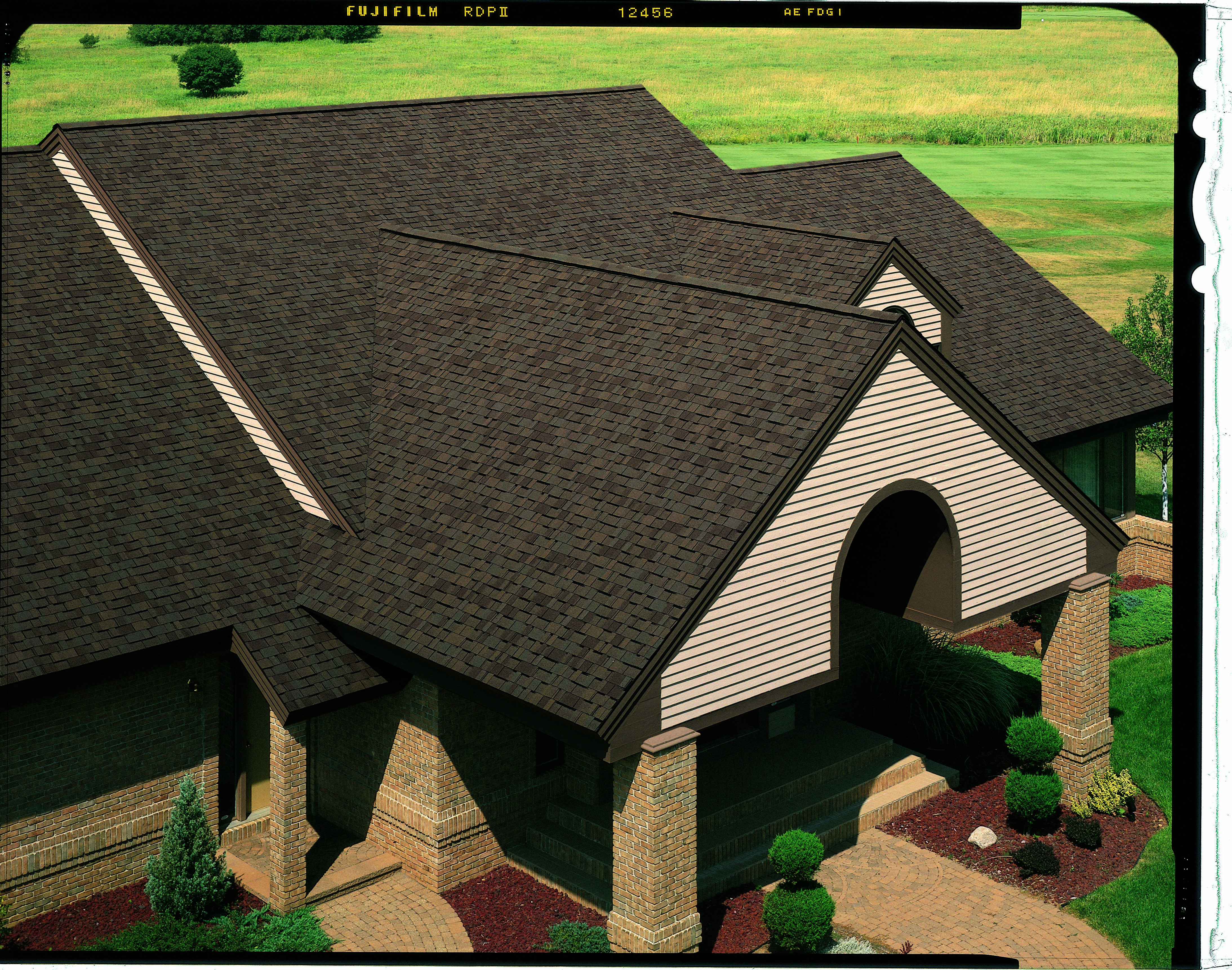 Best Certainteed Independence Shingle Shown In Heather Blend 400 x 300