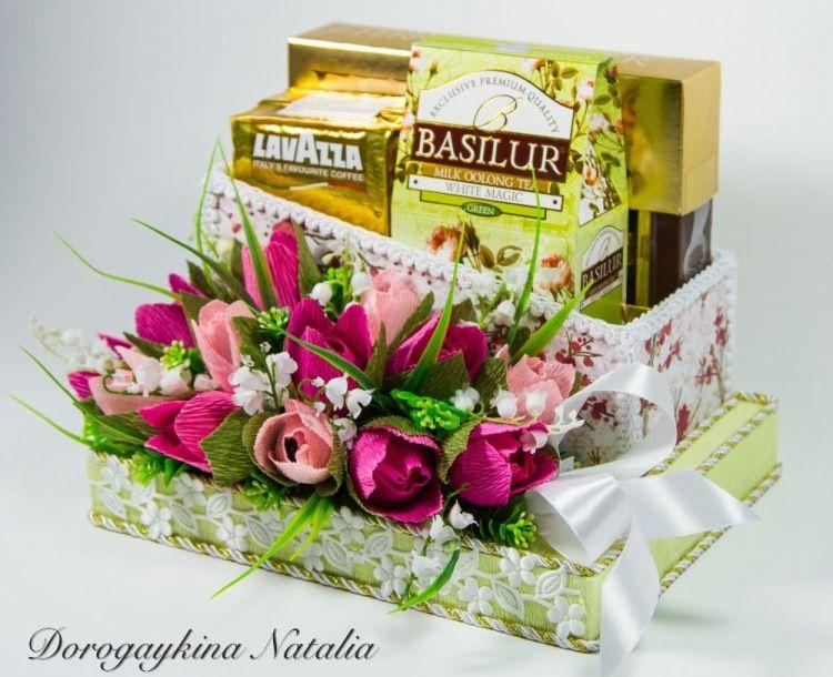 Бумажные цветы с конфетами своими руками из бумаги фото 951
