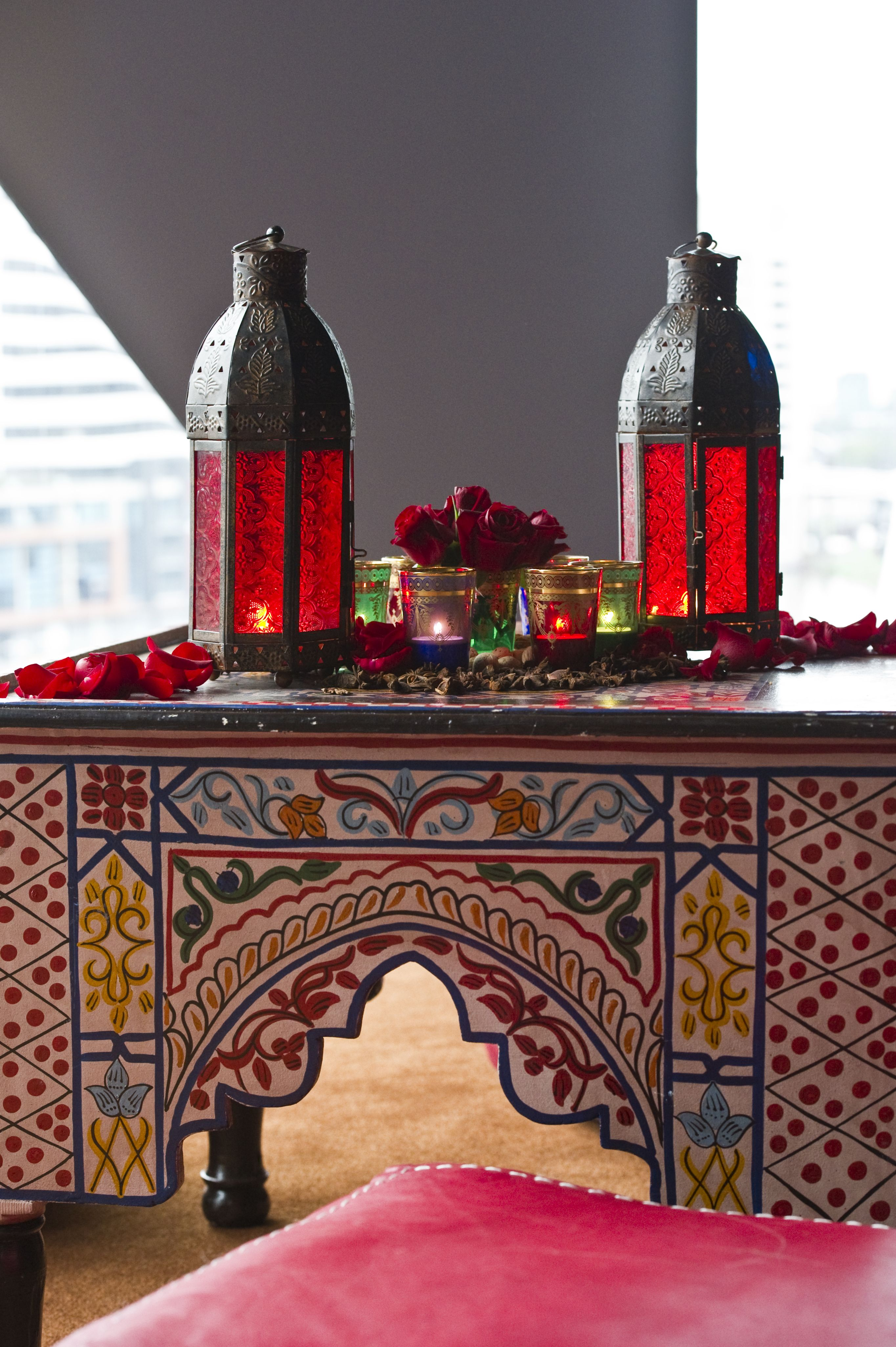 Moraccan Table The House Of Beccaria Deco Marocaine Decoration Marocaine Et Decoration Orientale